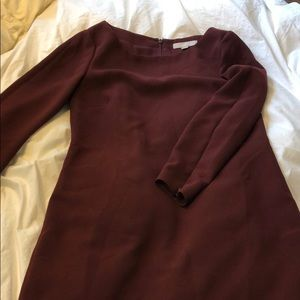 Banana Republic burgundy long sleeved dress